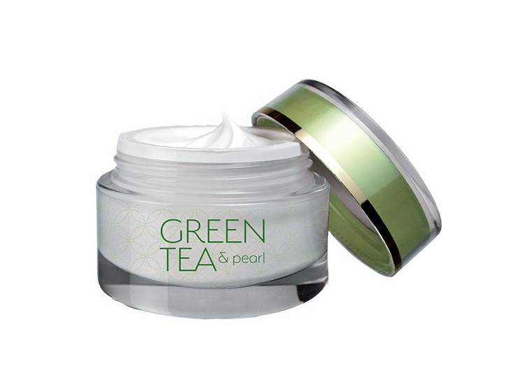 Green tea & pearl se zeleným čajem a pravými perlami 50 ml